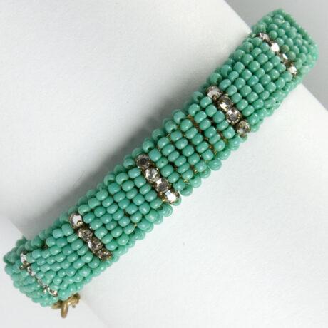 Back of turquoise bead hinged bracelet