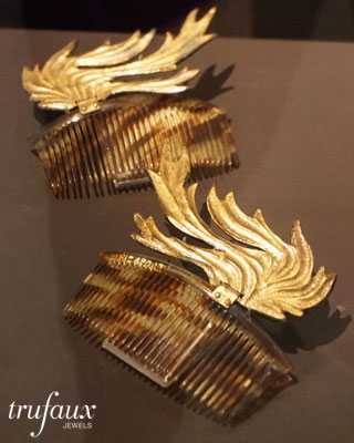 1935 hair combs by Elsa Schiaparelli