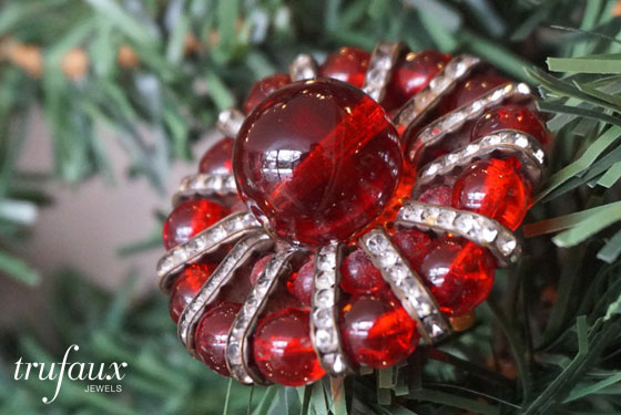 TruFaux Jewelry Gift Guide for Holiday Sparkle