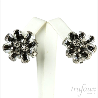Black & white 'atomic' earrings by Alice Caviness